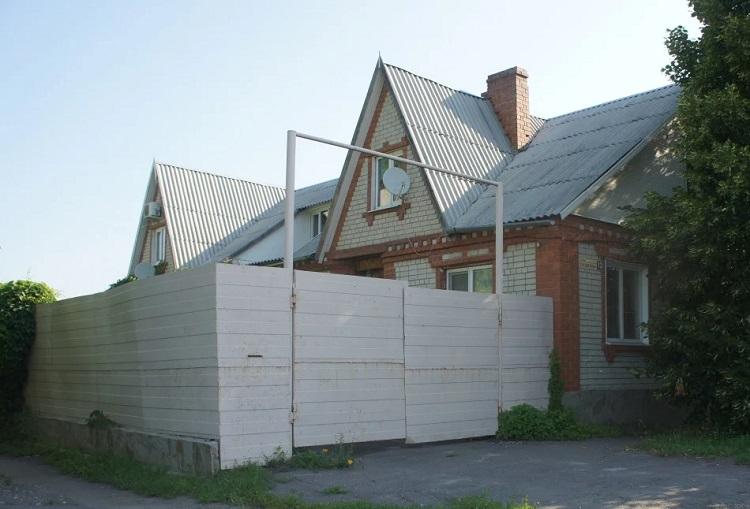 дом, г. Балашов, ул. Пушкина